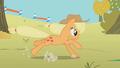Applejack long jump S01E13.png