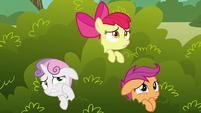 Cutie Mark Crusaders scared of the griffon S6E19