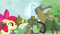 "Pest pony ""I'm sure you've got the touch"" S5E04"