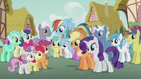 Rainbow, Applejack, and Rarity sing to CMC S5E18