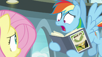 Rainbow Dash -she's a real, live pony!- S9E21