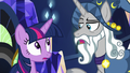 Star Swirl giving Twilight Sparkle a compliment S7E26.png