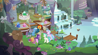 Starlight and friends all together in Maud's cave S9E11
