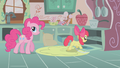 Apple Bloom looking into the oven S1E12.png
