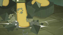 Daring Do breaking weights S4E04
