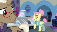 Fluttershy saying goodbye to Bracer Britches S8E4