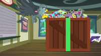 Gabby looking inside Rarity's giant box S9E19