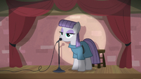 Maud Pie leaning close to the microphone S8E3