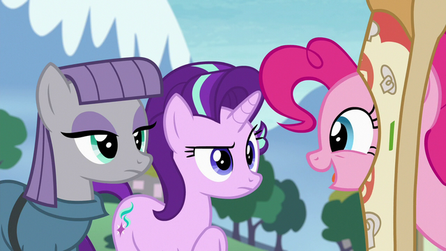 "File:Pinkie Pie ""you could use this time to bond"" S7E4.png"