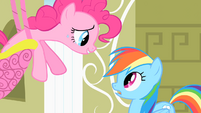 Pinkie Pie singing to Rainbow Dash S1E25