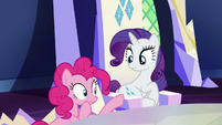 Pinkie inspects Rarity's cutie mark S5E22