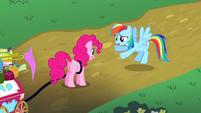 Rainbow Dash apologizing to Pinkie S4E12