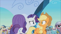 Rarity informs Applejack on her materials shortage S3E2