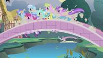 Running over the bridge S1E03