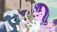 S05E02 Night Glider, Sugar Belle, Starlight Glimmer