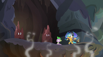 Spike and friends in shaking volcano S6E5