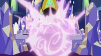 Trixie's magic envelops the Cutie Map S7E2