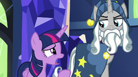 "Twilight Sparkle ""survive without the Elements"" S7E26"