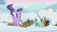 Twilight scared of snakes S1E11