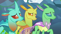 Changelings listening to Starlight Glimmer S7E17