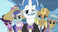 Five fancy ponies look at Rarity S2E09