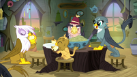 Griffons start to eat Gilda's food S8E16