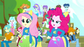 Pinkie proves the effectiveness of cheering SS4.png