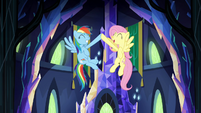 Rainbow and Fluttershy mid-air hoof bump S4E26