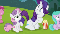 Rarity surprised by Sweetie Belle's changed tastes S7E6