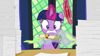 Scroll appears in front of Twilight S7E22