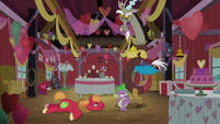 Spike -enough of the aloof master of chaos- S8E10