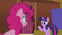 Twilight 'Pinkie, you can look away now' S3E3