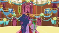 Twilight admiring hall decorations S1E01