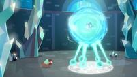 Yona approaches Starlight Glimmer's prison S8E26