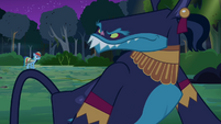 Ahuizotl looks toward Rainbow Dash S4E04