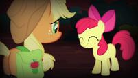 Apple Bloom nodding her head S4E17