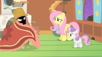 Fluttershy raised eyebrow S1E17
