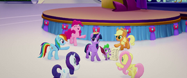 Main five sing in support of Twilight MLPTM