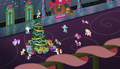 Ponies finish singing Hearth's Warming Eve Is Here Once Again S6E8.png