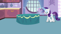 Rarity levitating tea set S4E01