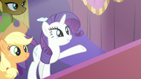 Rarity presents Lily Lace's designs S7E9