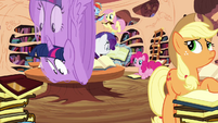 Twilight rolls into the library S4E01