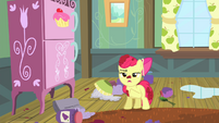 Apple Bloom -I'm perfectly capable of stayin' home alone- S4E17