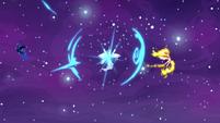 Celestia teleports between Nightmare Moon and Daybreaker S7E10