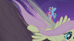 Fluttershy speeds down while Rainbow catches Pinkie S1E02