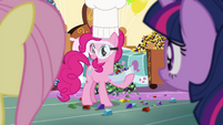 Pinkie -I need your help taste-testing- S4E18