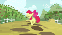 Apple Bloom talking about Applejack S4E09