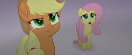 Applejack suspicious; Fluttershy scared MLPTM