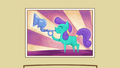 Picture of a pony blowing a crystal flugelhorn S3E01.png