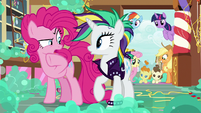 "Pinkie Pie ""is there something different about you?"" S7E19"